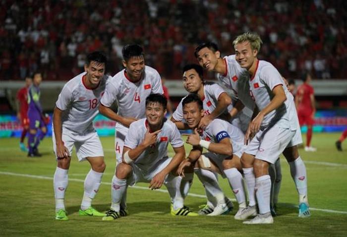 20h00 ngày 14/11, Việt Nam vs UAE: Rồng Vàng giương oai - Bóng Đá