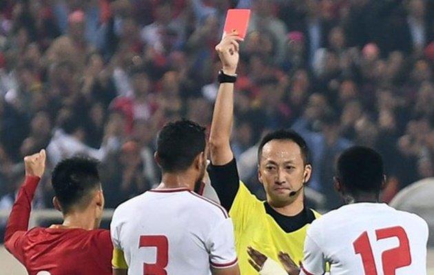 Trọng tài UAE: Không còn gì bào chữa, chiếc thẻ đỏ là chính xác - Bóng Đá