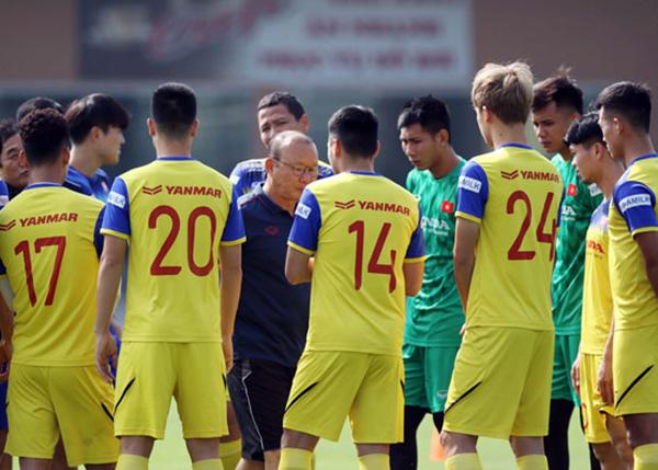 CHÍNH THỨC: HLV Park Hang-seo loại 2 cái tên, chốt danh sách đăng ký trận Thái Lan - Bóng Đá