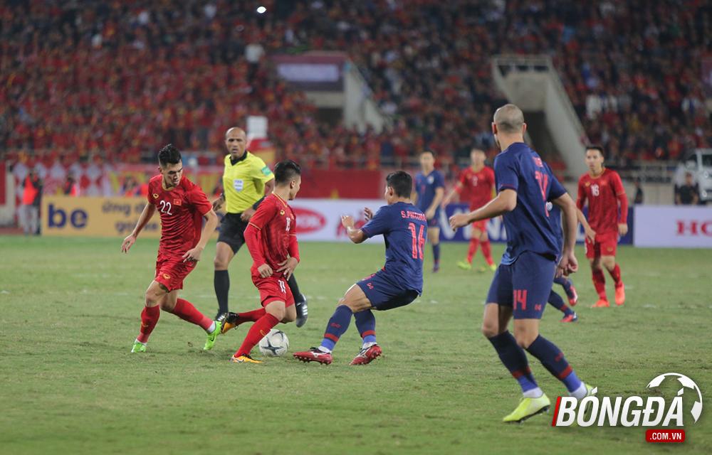 TRỰC TIẾP Việt Nam 0-0 Thái Lan (Hiệp 2): Hai đội thi đấu đôi công - Bóng Đá