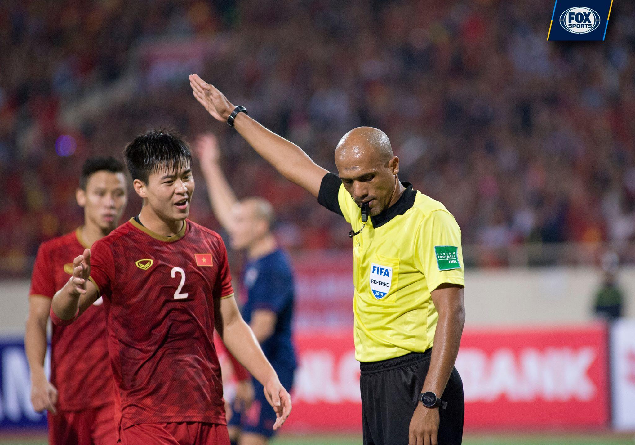 SỐC! Trọng tài Al Kaf phá vỡ im lặng sau trận Việt Nam vs Thái Lan? - Bóng Đá