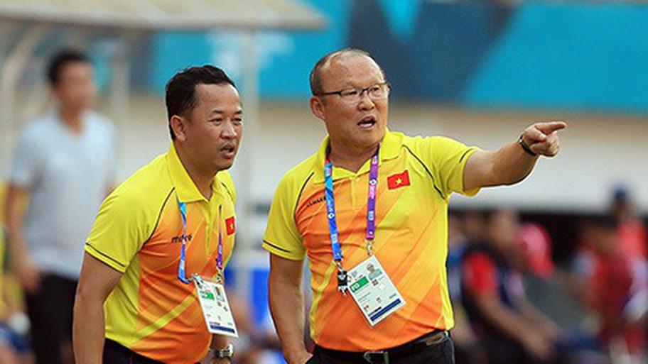 Trợ lý Lee Young-jin: Nhờ cậu ấy, thầy Park mới có thành công như thế ở Việt Nam - Bóng Đá