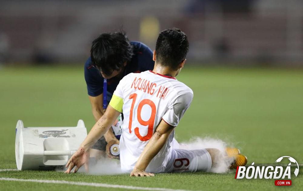 NÓNG: Đã rõ mức độ chấn thương của Nguyễn Quang Hải + Trọng Hùng - Bóng Đá
