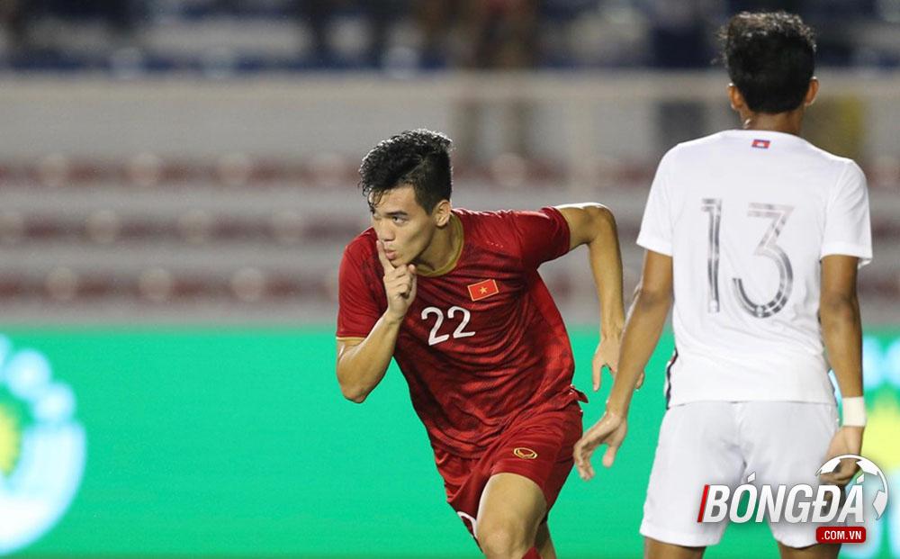 XONG! Tiến Linh lên tiếng về chấn thương trong trận thắng Campuchia - Bóng Đá