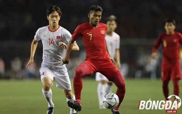 TRỰC TIẾP U22 Việt Nam 0-0 U22 Indonesia (Hiệp 1): Đức Chinh uy hiếp khung thành Nadeo - Bóng Đá