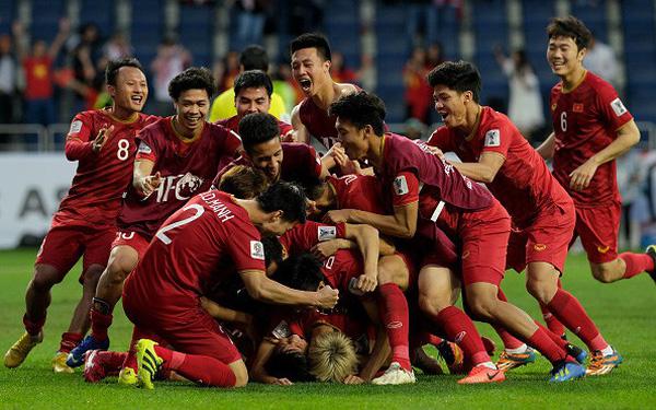 Vỡ oà với 10 sự kiện nổi bật của bóng đá Việt Nam trong năm 2019 - Bóng Đá