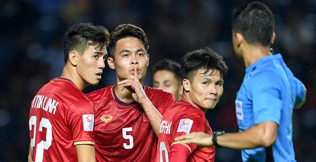 Báo Trung Quốc: Đây, điều khiến U23 Việt Nam đáng khâm phục ở trận UAE - Bóng Đá
