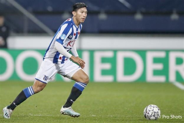 Đoàn Văn Hậu lên tiếng sau 17 trận ngồi dự bị tại SC Heerenveen - Bóng Đá