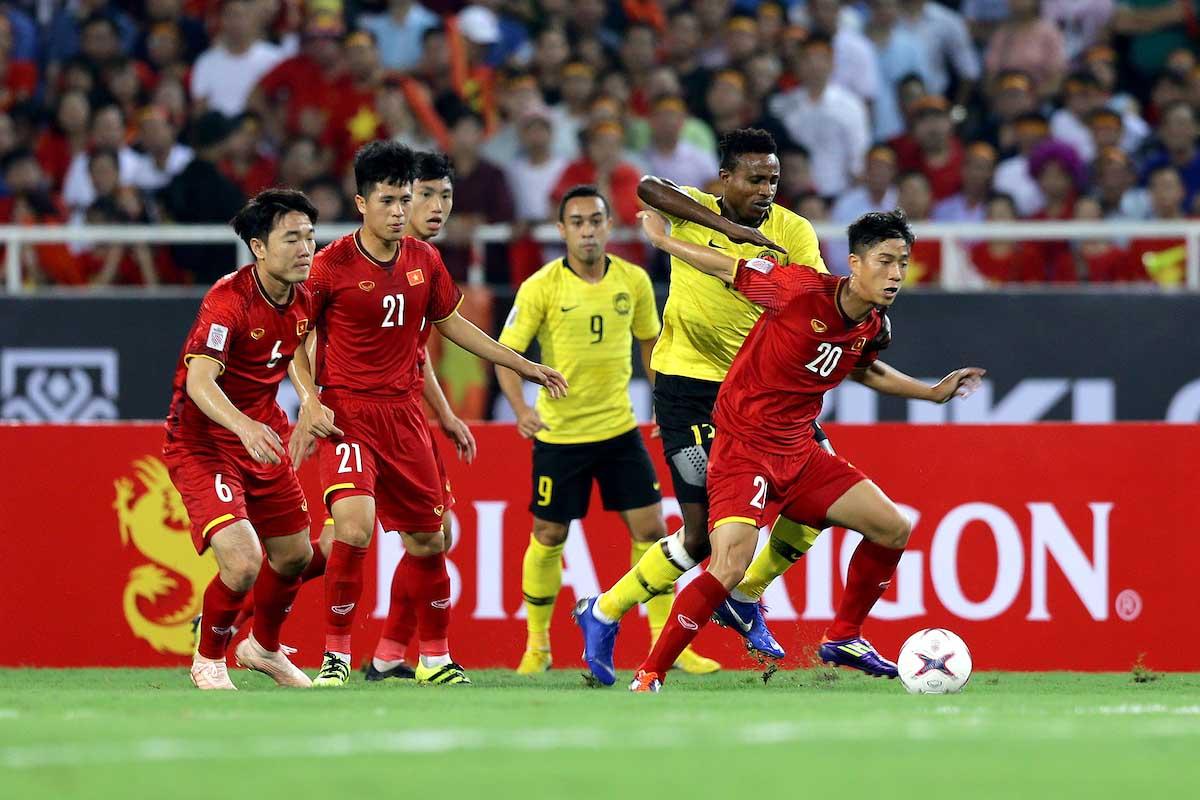Báo Hàn Quốc: Đây, bất lợi lớn nhất của ĐT Việt Nam ở trận gặp Malaysia - Bóng Đá