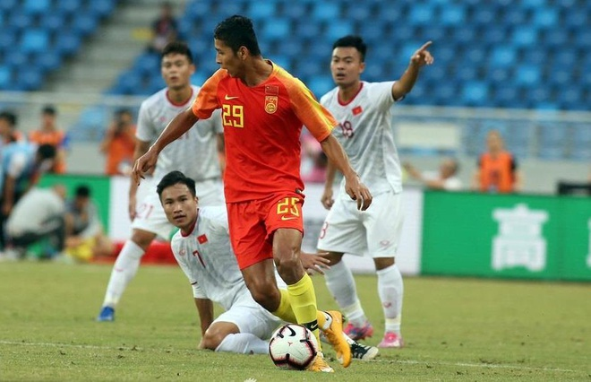 Báo Hàn Quốc: Bóng đá Trung Quốc phải run sợ trước sự tiến bộ của Việt Nam - Bóng Đá