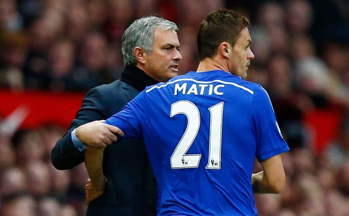 """""""Mourinho từng làm điều điên rồ ấy với Matic ngay giờ nghỉ giữa hiệp"""""""