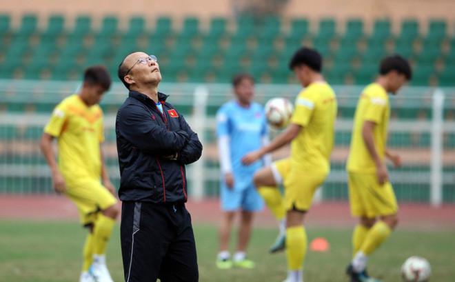 Không có Trọng Hoàng, thầy Park sẽ chọn ai cho vị trí hậu vệ phải ĐT Việt Nam? - Bóng Đá