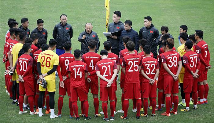 CHÍNH THỨC: HLV Park Hang-seo triệu tập 36 cầu thủ cho ĐT Việt Nam - Bóng Đá