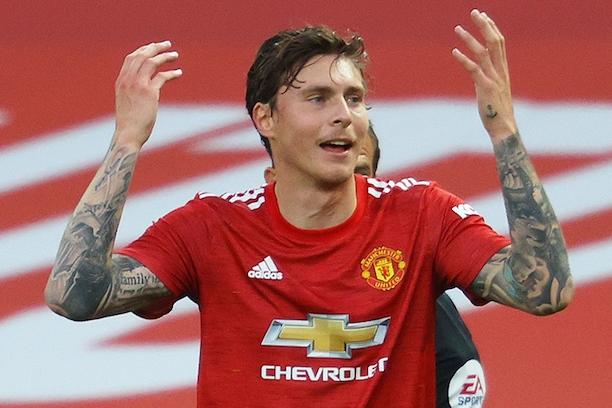 Manchester United make decision over new centre-back transfer after Victor Lindelof disasterclass - Bóng Đá