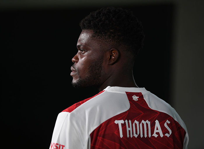 Nc247info tổng hợp: Thomas Partey không để họ trên áo đấu Arsenal?