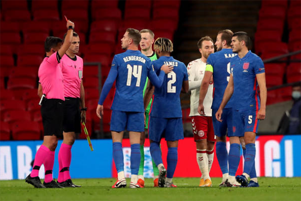 Why Chelsea defender Reece James was sent off after final whistle as Denmark beat England - Bóng Đá