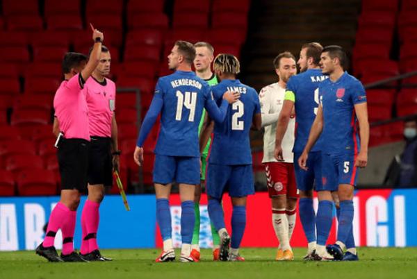 Reece James phá vỡ sự im lặng về chiếc thẻ đỏ sau trận thua Đan Mạch - Bóng Đá