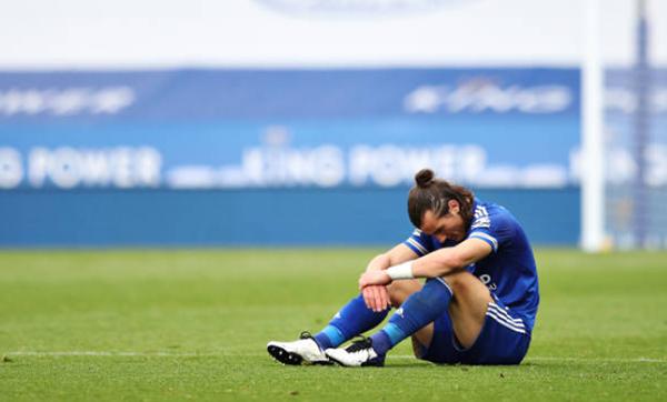 Thua đau trước Aston Villa, Leicester nhận thêm hung tin từ Vardy và Soyuncu - Bóng Đá