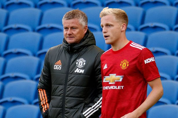 Ole Gunnar Solskjaer insists Donny van de Beek will play a key role in Manchester United's season - Bóng Đá