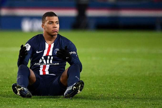 Real Madrid's 'plan to make Kylian Mbappe their marquee signing next summer would NOT be affected by Zinedine Zidane leaving the club'  - Bóng Đá