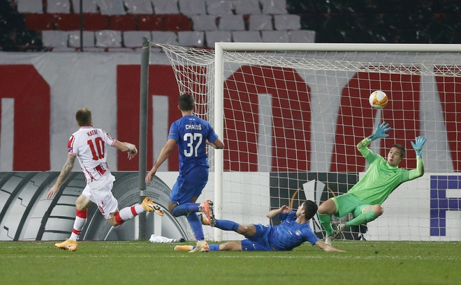 Thua đau ở Europa League, thủ thành Việt kiều nói: