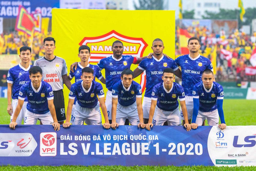 Nhà vua V-League 2017