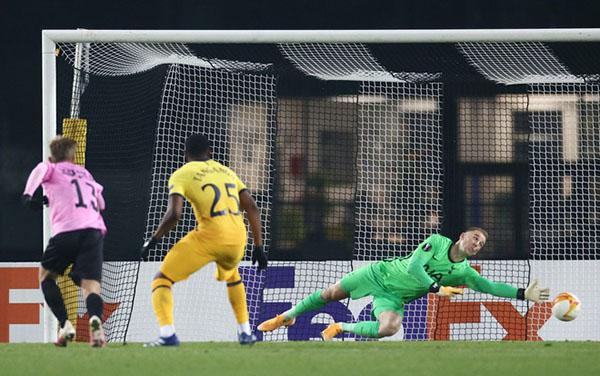 LASK 3-3 Tottenham: Joe Hart tiếp tục làm