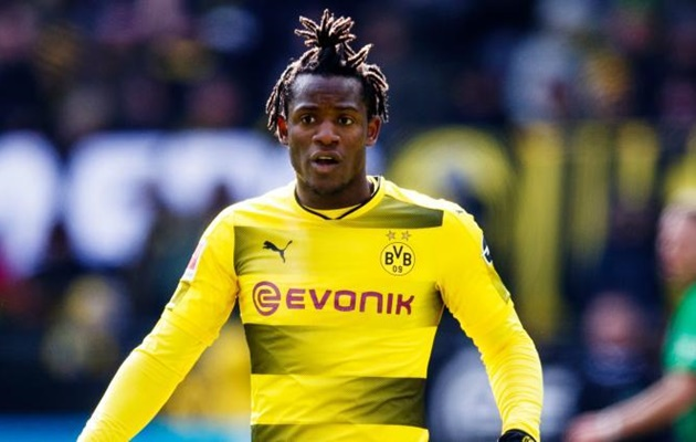 Dortmund bị Chelsea làm khó trong vụ Batshuayi - Bóng Đá
