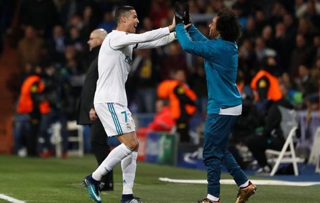 Marcelo gửi lời chia tay xúc động đến Ronaldo - Bóng Đá