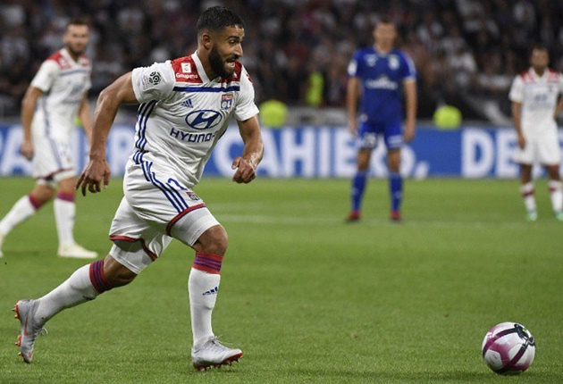 Không thể rời Lyon, Nabil Fekir buông lời trách móc Liverpool - Bóng Đá