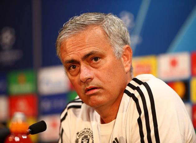 mourinho muốn cầu thủ hãy yêu CLB như các CĐV - Bóng Đá