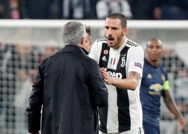 'Mourinho là kẻ không biết xấu hổ' - Bóng Đá