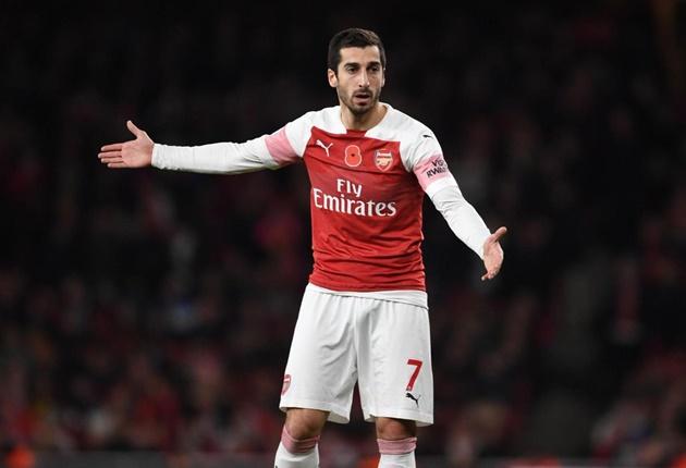 Fan Arsenal giận dữ chỉ đích danh cái tên