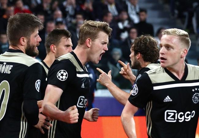 Sau 2 năm, Ajax đã bỏ Man Utd lại phía sau như thế nào? - Bóng Đá