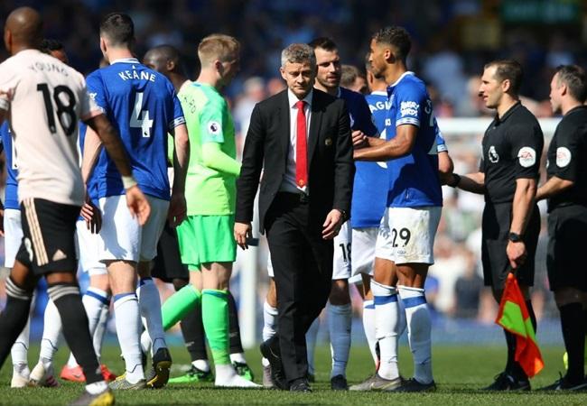 Góc Man Utd: Đừng thua nữa, fan mệt rồi! - Bóng Đá