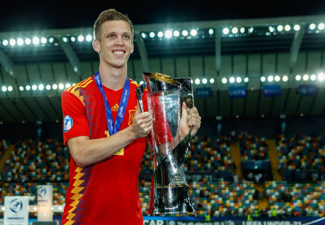Tottenham and Man Utd summer transfer target Dani Olmo makes fresh statement on future - Bóng Đá