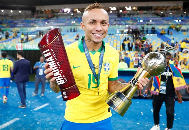 Why 'shocked' Edu called off Arsenal's transfer pursuit of Everton Soares - Bóng Đá