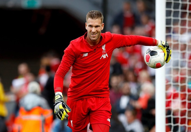 'He needs us & we need him as well' Liverpool defender backs keeper to perform in Chelsea clash - Bóng Đá