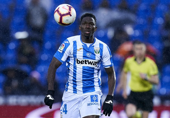 Chelsea defender Omeruo joins Leganes in £4.6m move - Bóng Đá