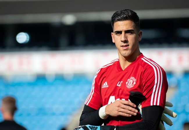 'It's like Santa Claus phoning you' - Man United offering Joel Pereira to Hearts was 'perfect timing' - Bóng Đá