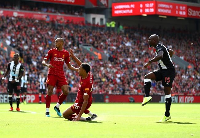 'Đó là cú sút không thể cản phá, thủ môn bị làm cho bối rối' - Bóng Đá