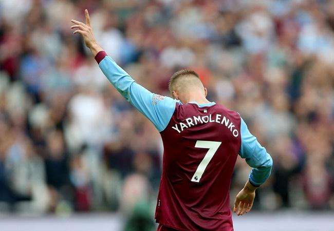 'Cậu ấy thuộc top tiền vệ phải xuất sắc nhất Ngoại hạng Anh' - Bóng Đá