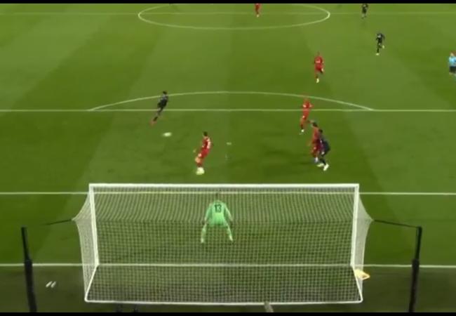 Đối thủ của Công Phượng volley cháy lưới Liverpool - Bóng Đá