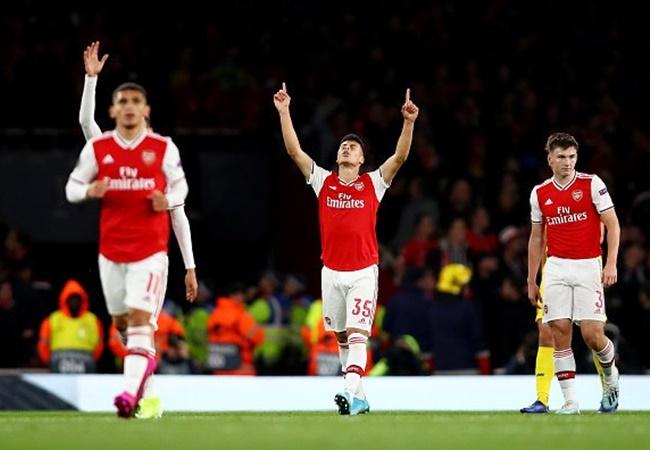 Arsenal fans troll Man Utd over Gabriel Martinelli trial after Europa League brace - Bóng Đá