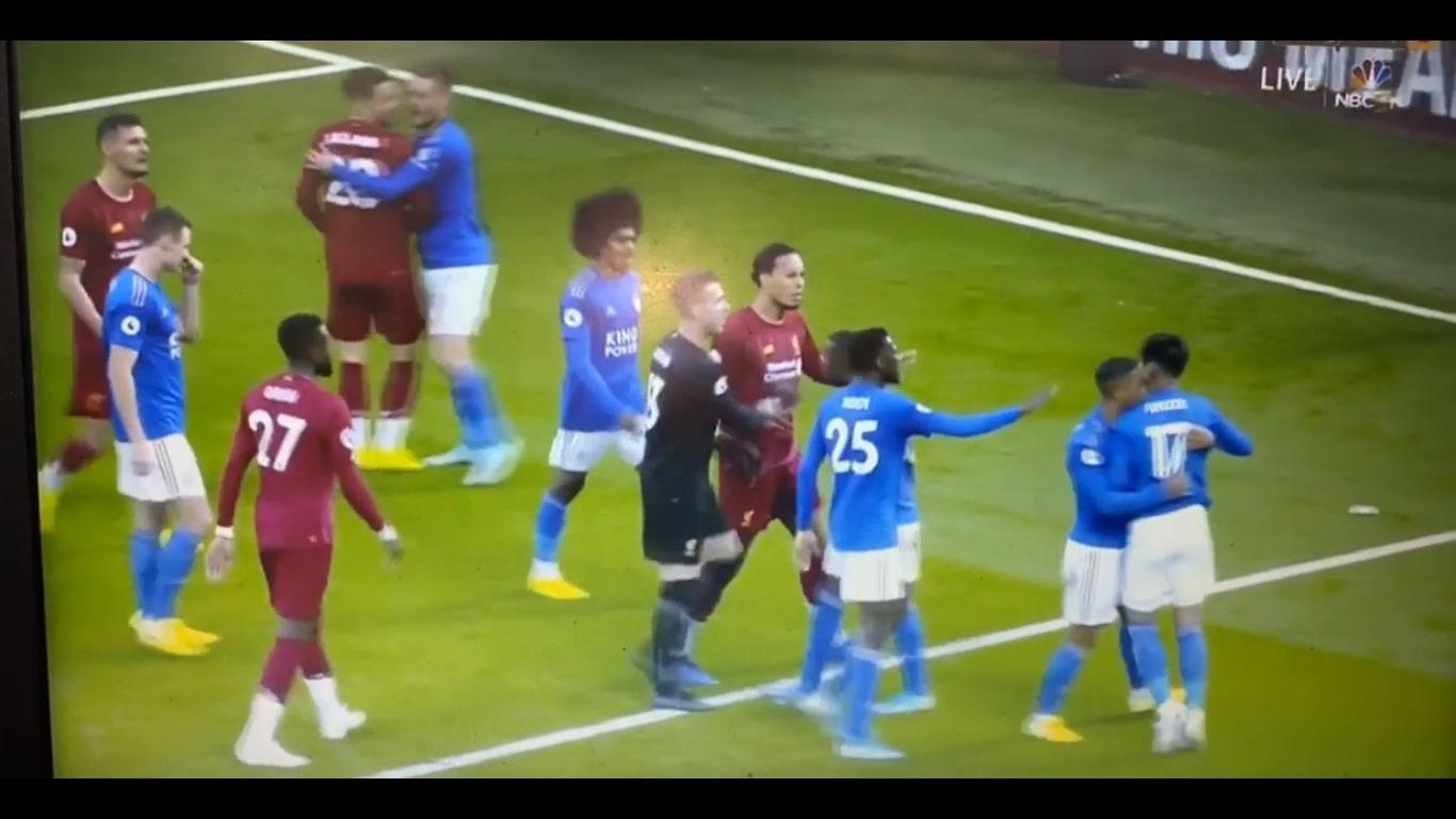 Hỗn loạn sân Anfield, sao Leicester tính tẩn cả Robertson lẫn đồng đội - Bóng Đá
