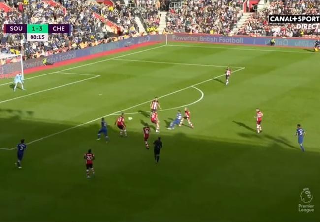 Pulisic mất mấy nhịp để 'loại bỏ' 4 cầu thủ Southampton - Bóng Đá