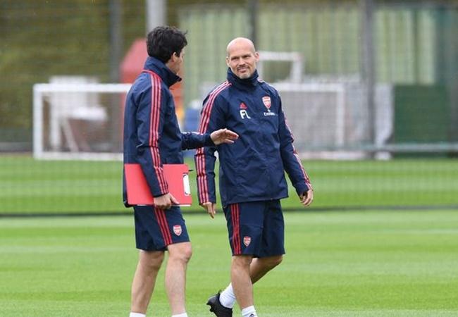 Emery nguy cơ 'bay ghế', lộ ứng viên không tưởng thay thế tại Arsenal - Bóng Đá