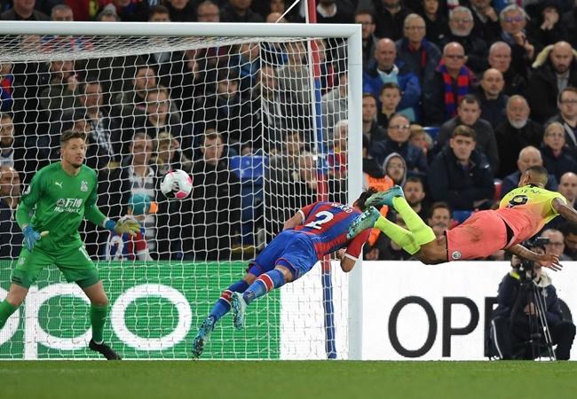 10 hình ảnh đẹp nhất vòng 9 EPL: 'Máu lửa' derby; Xúc động với Leicester - Bóng Đá