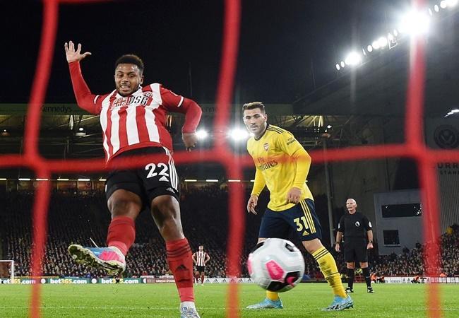 Arsenal bị Evra 'hạ nhục', thủ quân lên tiếng cảnh cáo cực gắt - Bóng Đá