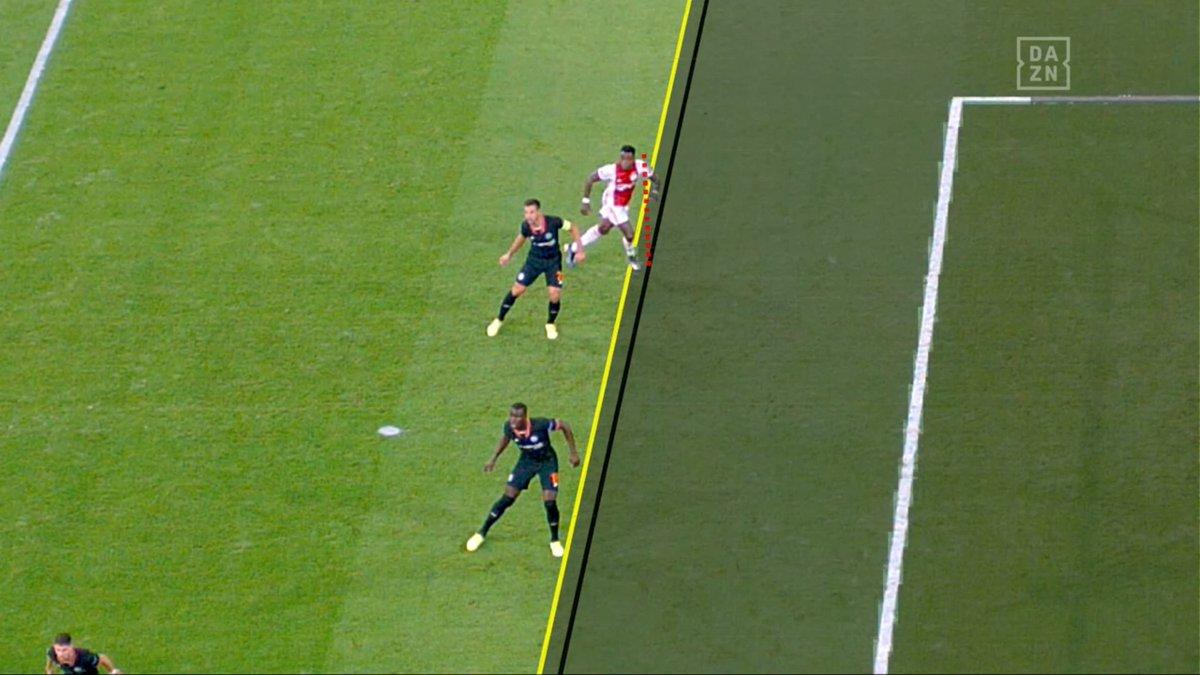 Khoảng cách giữa Zouma và Promes sít sao thế nào ở bàn thắng bị từ chối? - Bóng Đá